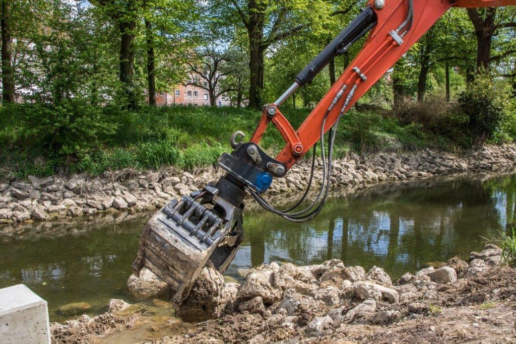 Baumassnahmen im Gewässer
